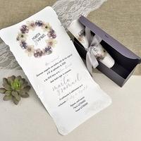 Invitación pergamino cardnovel 39627